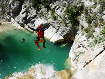 Canyoning Level 3 in Lucena del Cid 4 hours
