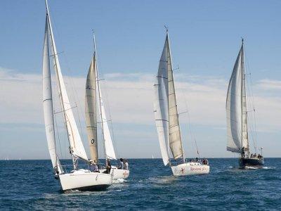 Escuela Nautica Centre de Navegants Vela