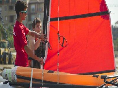 First catamaran course 1h in Isla Canela
