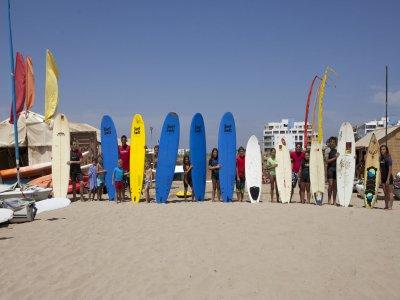 1h Renting initiatory surf equipment Isla Canela