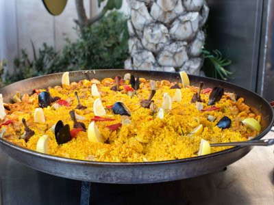 Team Building: Field Games + Paellas Contest