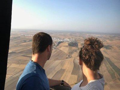 Exclusive Balloon Flight Couples + Lunch Huelva