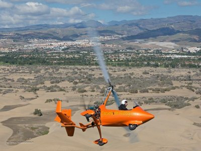 Pilot an Autogyro in Gran Canaria for 90Minutes