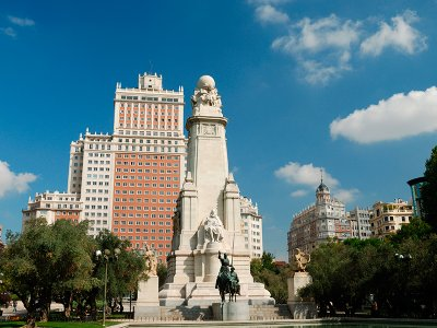 Guided tour through Madrid for team buildings, 2h