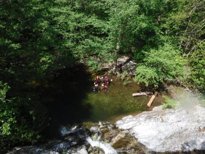 Canyoning descent beginners at Thues, France