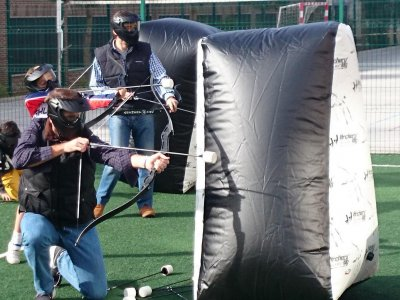 Team building archery tag home delivery Madrid