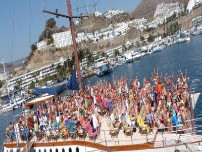MTV SuperCatamaran Boat Party