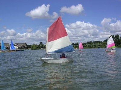 Willen Lake Sailing