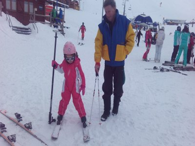 10-hour Skiing Couse for Children in Astun