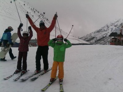 20-hour skiing course for kids, Astún
