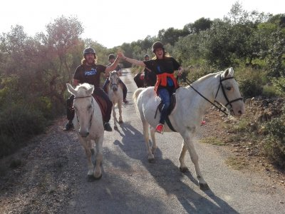 Birthday + horse-riding route + meal at Rodonyà