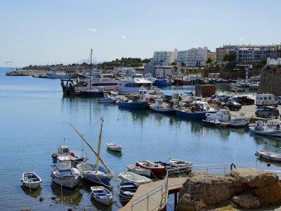 Boat rental at Ametlla De Mar 8h