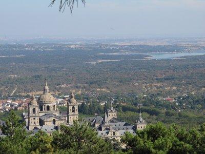 Guided visit El Escorial monastery + village