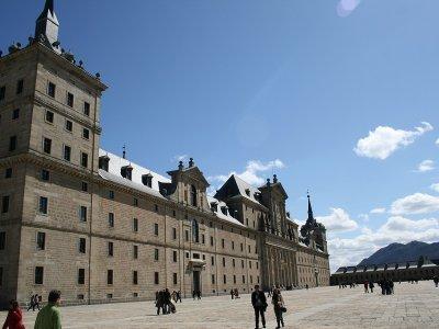 Legends and Mysteries tour + El Escorial visit