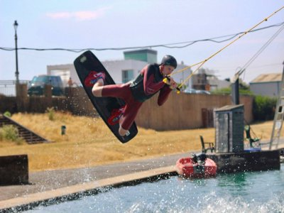 Private wakeboarding session in Kingsway for 30m