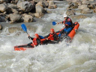 Whitewater Canoeing in Llavorsi-Gulleri River