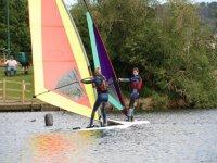 Enjoy windsurfing with friends