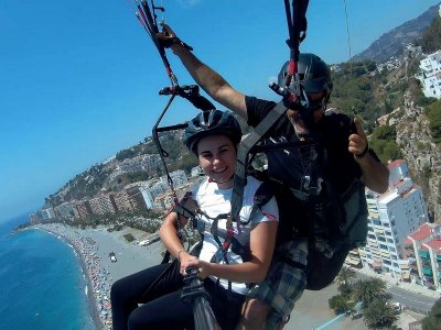 Paragliding in Almuñécar w. Photos & Video