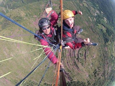 Paragliding in Rials 300 Metres 5 min Photos