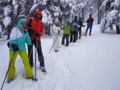 Snow Rackets in Navacerrada & Food Couples