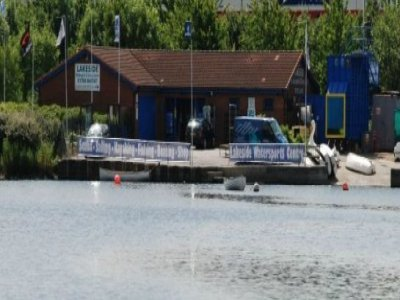 Lakeside Diving & Watersports Centre Powerboating