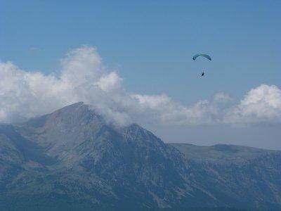 Paraglide Flight in Liri Benasque Without Ski Lift