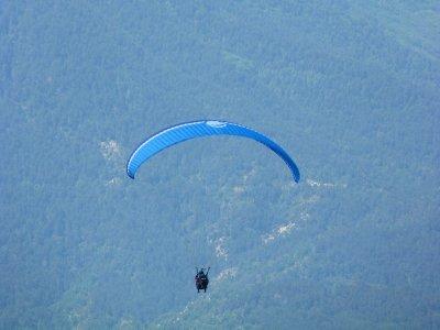 Paraglide Flight in Liri Benasque Valley + Lift