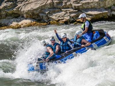 Stag/Hen Do Jaca with Rafting, Hotel and Meal