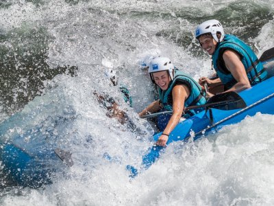 Rafting in Huesca For Bachelor/ette Events