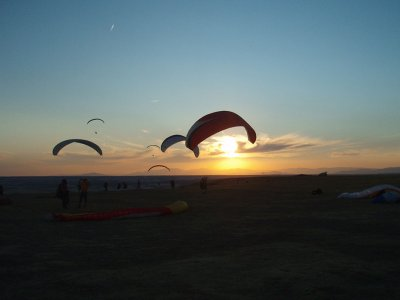 Paragliding Flight for Groups in Madrid, 15m
