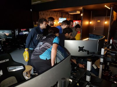 Bachelor/ette racing simulator Las Rozas