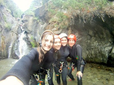 Canyoning for Schools in Lleida, 3 Hours
