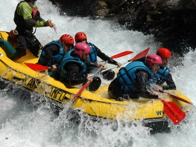 Go Rafting in Ara River Valle de Torla Adults