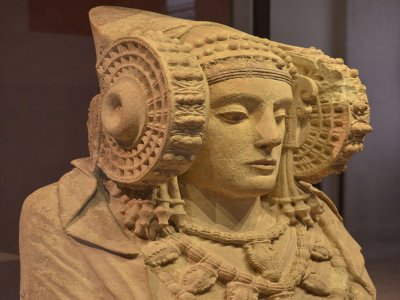 Guided visit Archaeological Museum for schools
