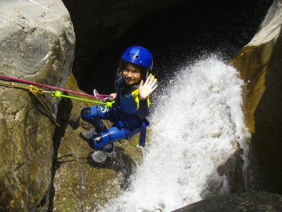 Canyoning for Families in Huesca 3h ADULTS