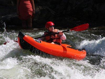 Descent in Canoe Raft, Esera River in Campo 9km