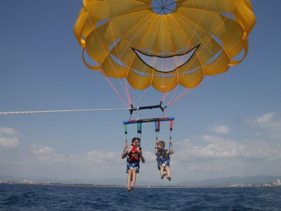 Pack for 2 Parasailing & Jet Ski, 40m, Barcelona