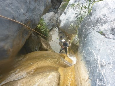 6-Hour Canyoning in Lentegí