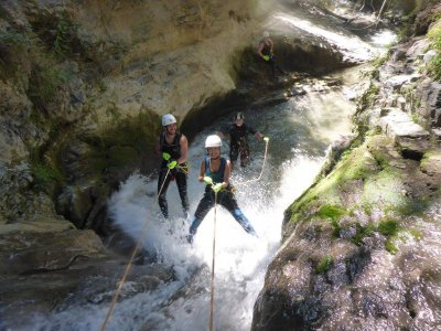 3-Hour Canyoning in Jerte Valley