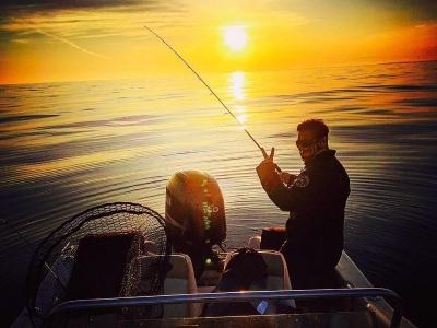 Spinning Fishing in the Dorada Coast, 4h