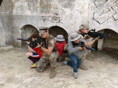 Battle w. Laser Guns in Totana, 2 Hours