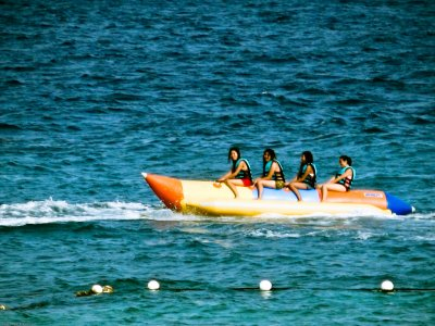 Banana Boat in Sitges, 15 Minutes