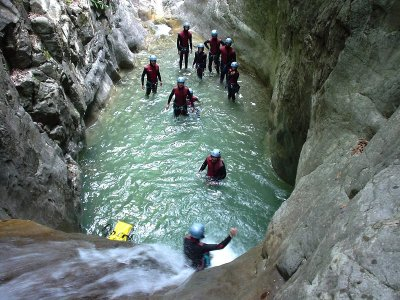 Canyoning in Huesca Pyrenees, Level II