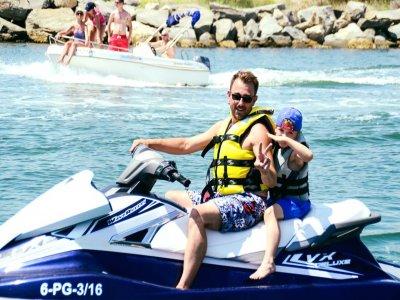 Jet Ski Excursion in the Coves of Roses, 40 Min