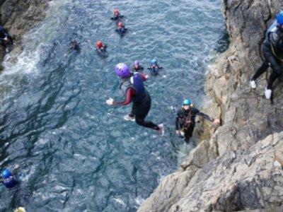 Blue Mountain Activities Coasteering