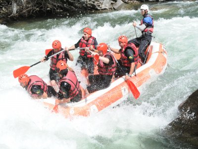 Rafting & Canyon Bachelor/ette party Sort Pyrenees