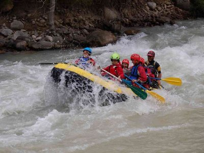Rafting in Esera River, 28km Trail & Meal, KIDS