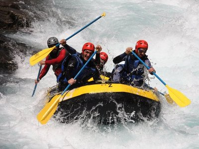 Rafting descent from Broto to Fiscal with Picnic