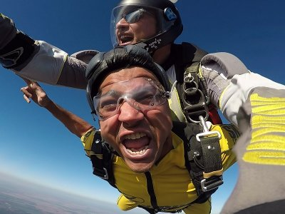 Parachute jump 4.600 m Sevilla Saint Valentine's
