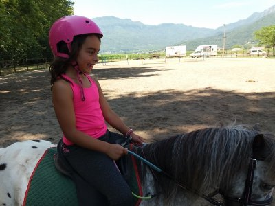 Games centre and pony ride in Vall de Bas children